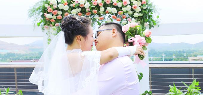 2019年7月6日青岛集体婚礼:..